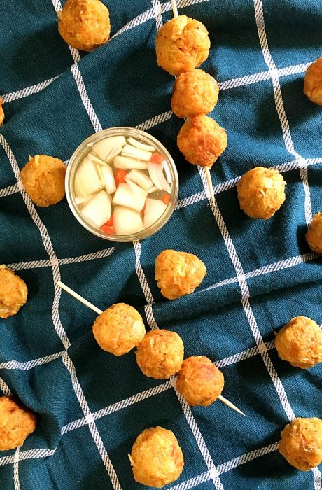 cassava balls with vinegar