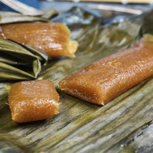 suman balanghoy on banana leaves