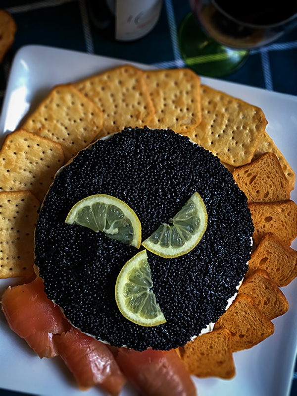 caviar pie with crackers