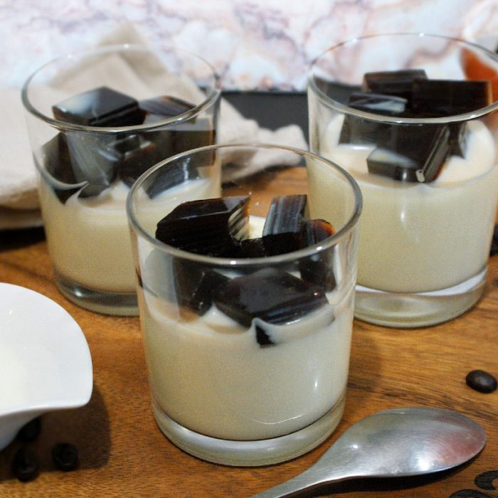 japanese coffee jelly in serving glasses