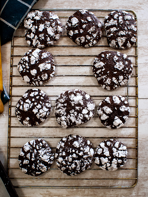 choco crinkles on a tray