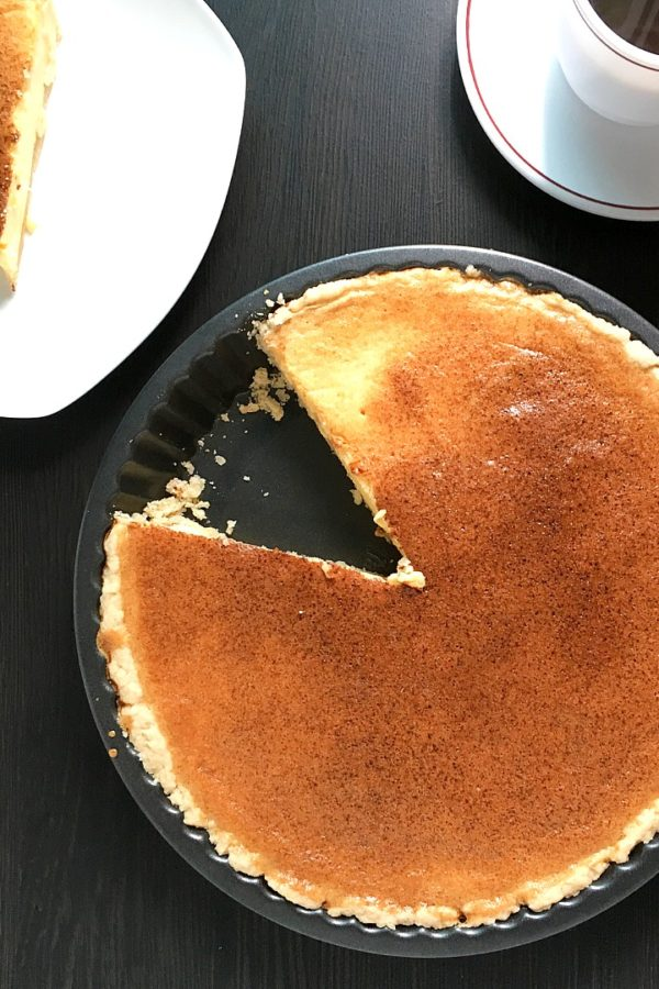 egg pie in pan and sliced