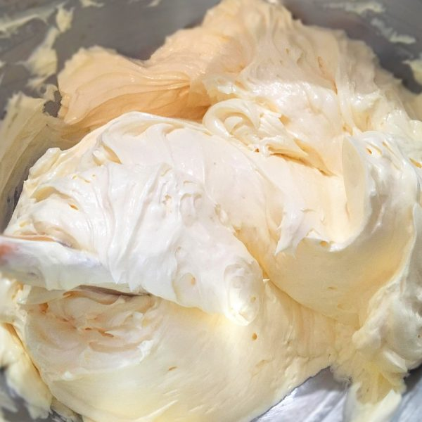 fluffy french buttercream