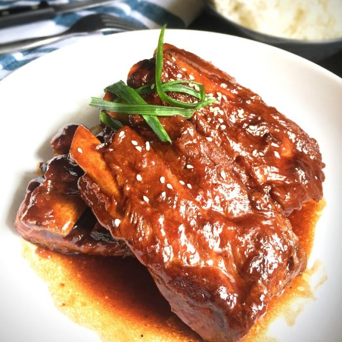 honey barbecue ribs with scallion