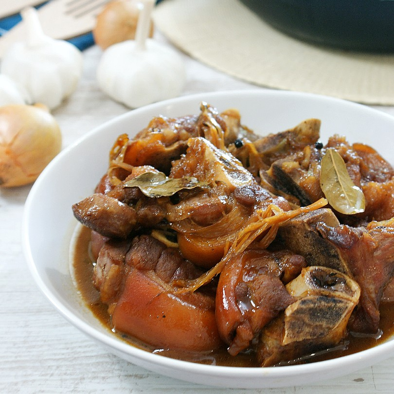 braised pork hock with banana blossoms