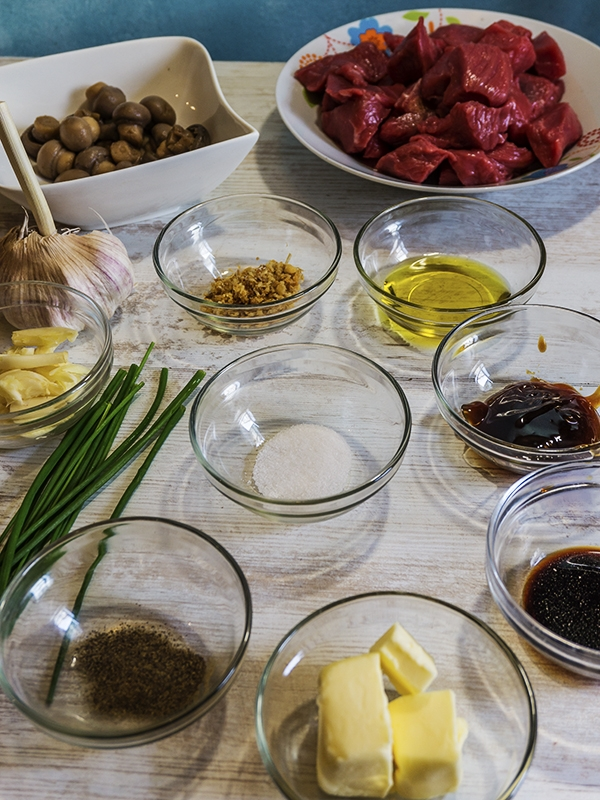 ingredients for beef salpicao on table