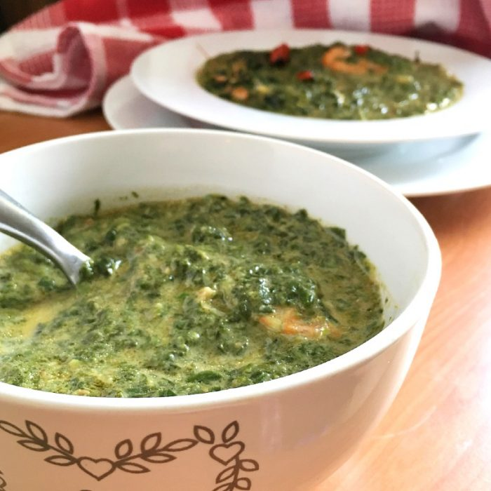 spinach laing in a bowl