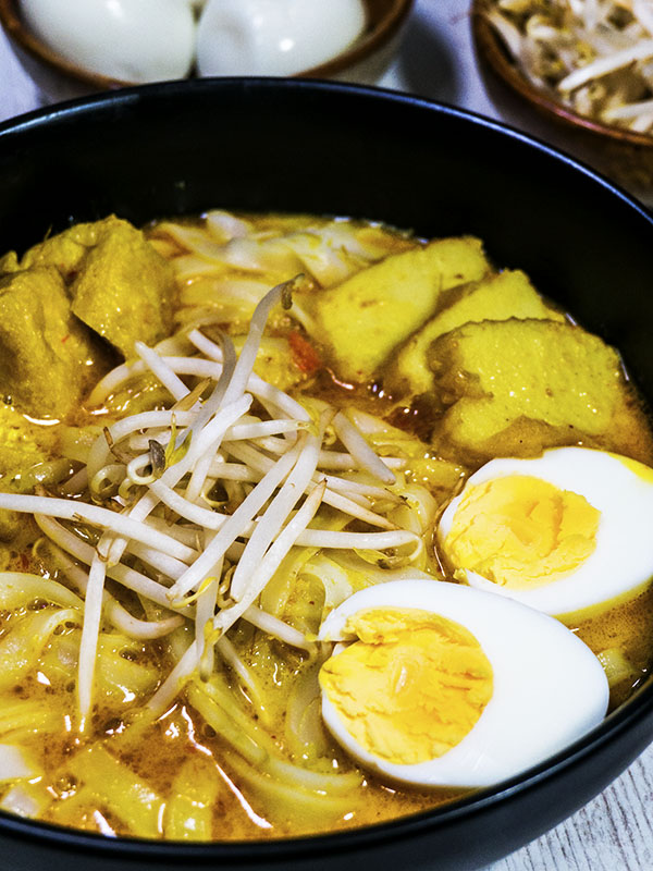 noodle soup with tofu, egg and fish cakes