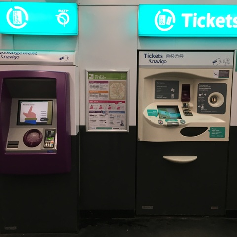 metro-ticket-machines