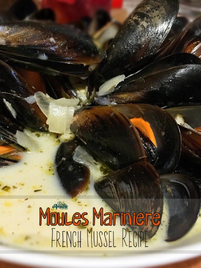 moules marinière in a bowl