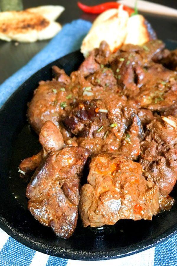 peri peri chicken liver on dish