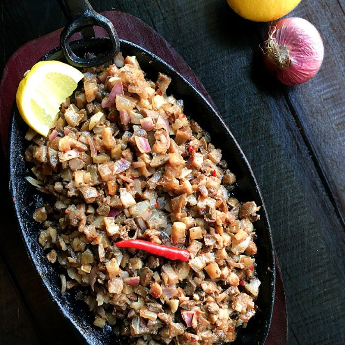 sisig on a hot plate