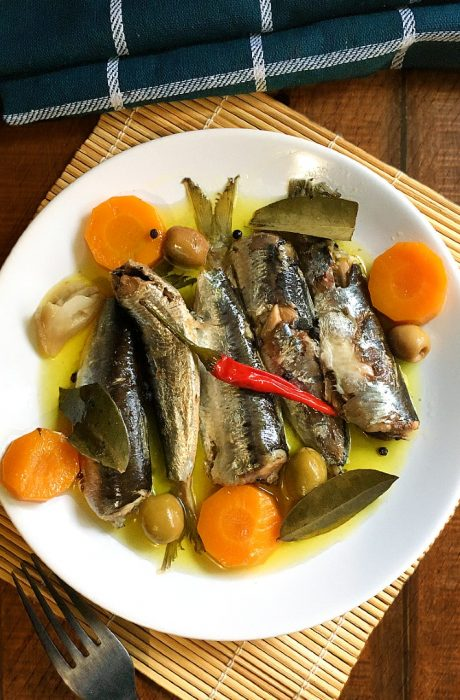 homemade spanish sardines cover poto
