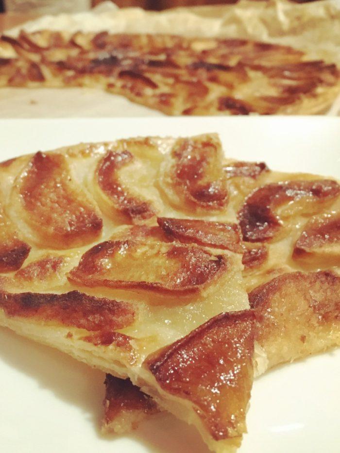 tart-fine-pomme-sliced