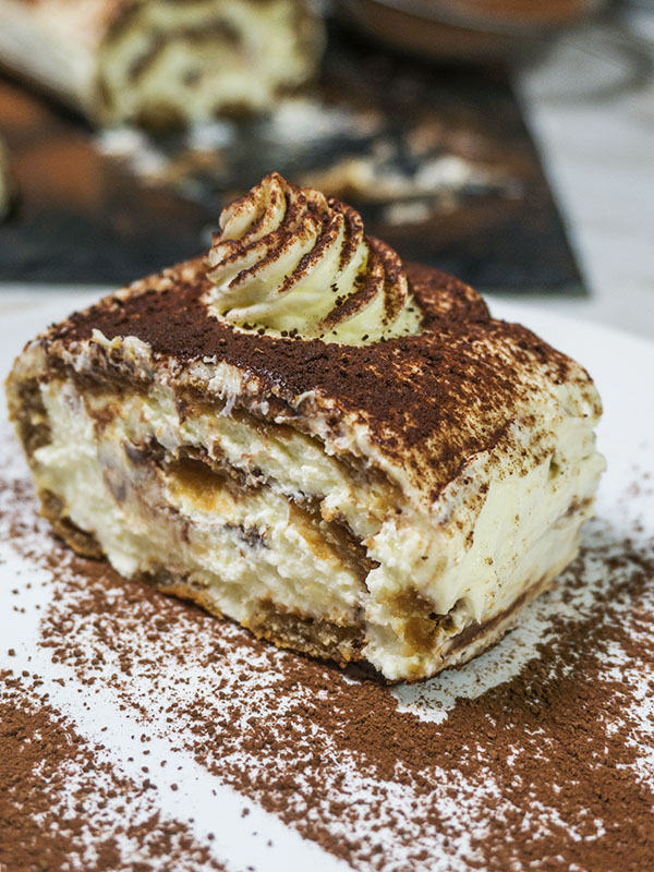 cake with cocoa power